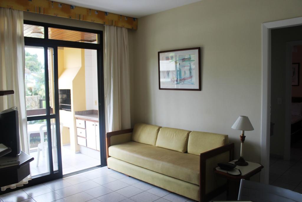 Flat com serviços - churrasqueira - aconchegante - 1 dormitório -